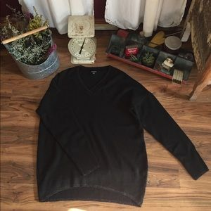 Concepts New York Oversized V-neck Sweater